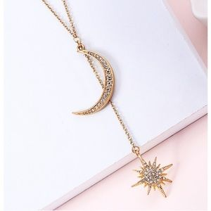 Jewelry - Crescent moon & star necklace in gold with bling